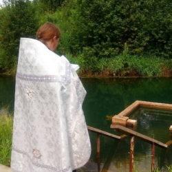 Таинство крещения в часовне Димитрия Солунского Нижнеивкино