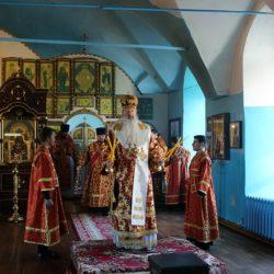 В Неделю жен-мироносиц митрополит Марк возглавил Литургию в храме в честь Рождества Пресвятой Богородицы поселка Нижнеивкино